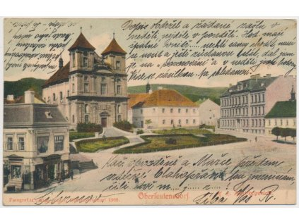 37 - Mostecko, Horní Litvínov, partie z nádvoří před kostelem, ca 1905