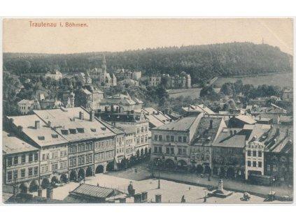66 - Trutnov, pohled na střed města s náměstím, cca 1916