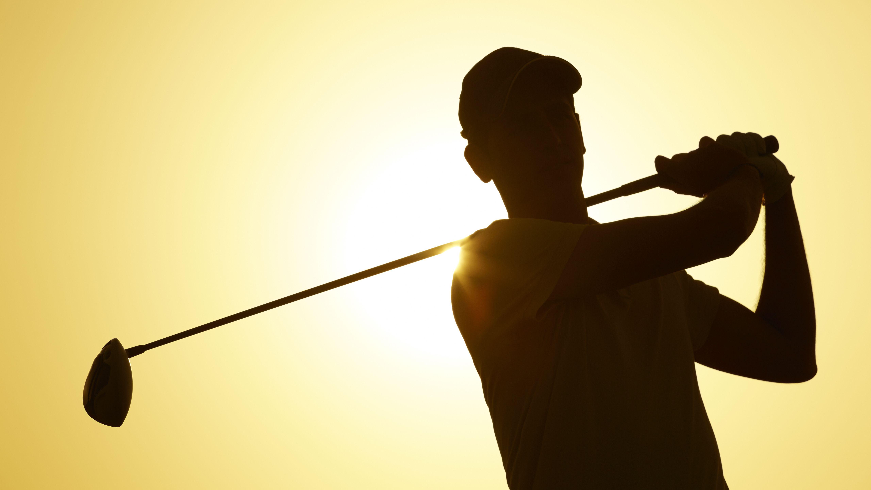 golfer-silhouette-5121x2881