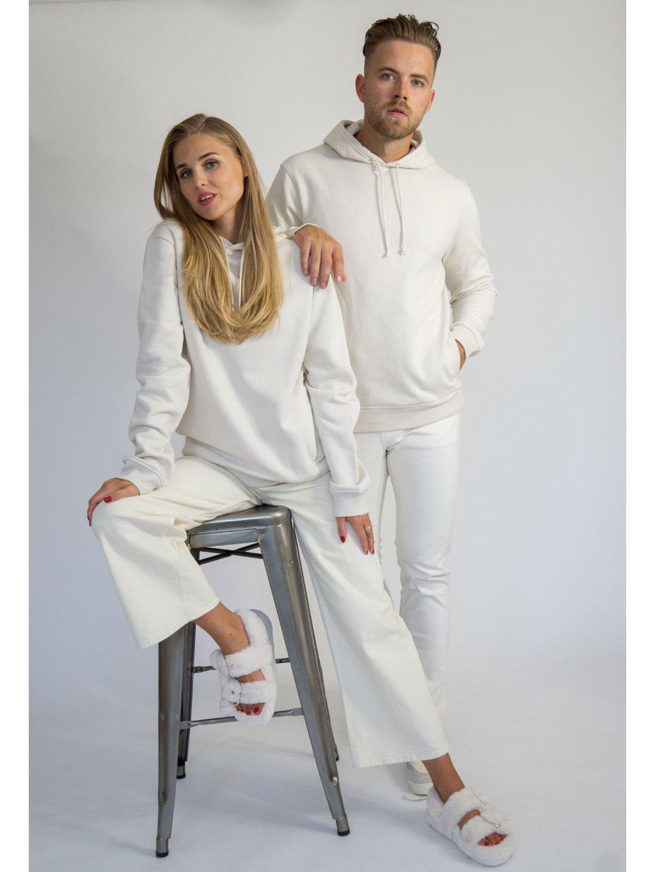 Smetanová mikina z organické bavlny s kapucí včetně monogramu.