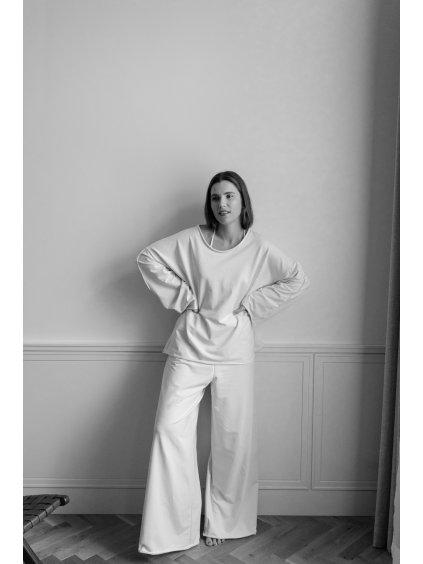 Kalhoty Tina s vysokým pasem z měkké bavlny.