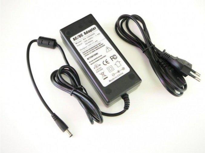 LED zdroj 12V 48W zásuvkový