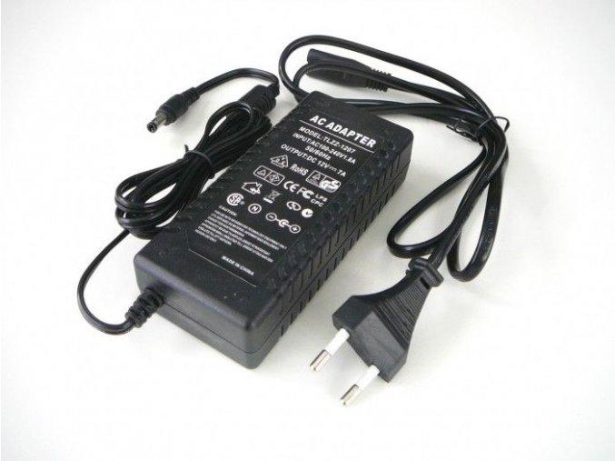 LED zdroj 12V 84W zásuvkový