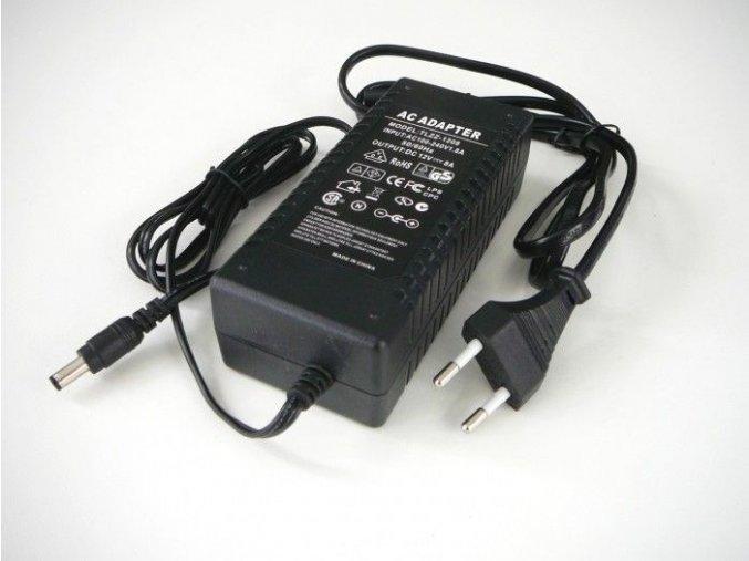 LED zdroj 12V 96W zásuvkový