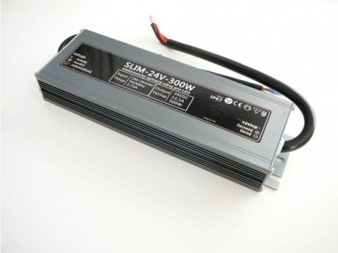 LED zdroj 12V 300W IP67