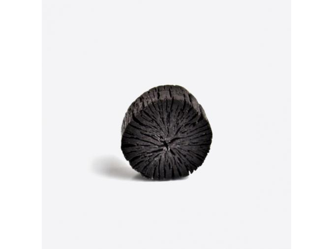 USHUAYA Mýdlo s Bambusovým Uhlím 01