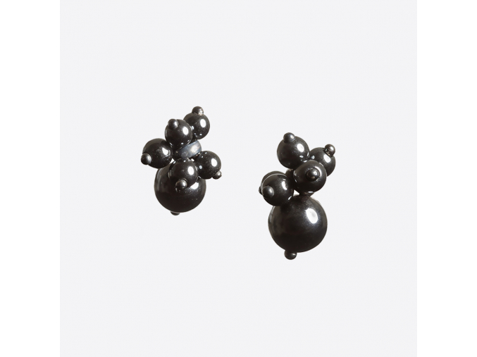 Zorya CLUSTER SMALL STUD EARRINGS 01