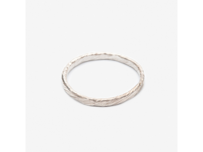 Snubní prsten tordovaný (Ag 925/1000)