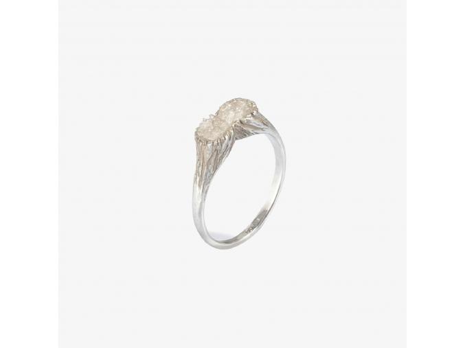 Prsten s křišťálem (Ag 925/1000)