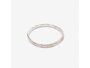 Snubní prsten tordovaný