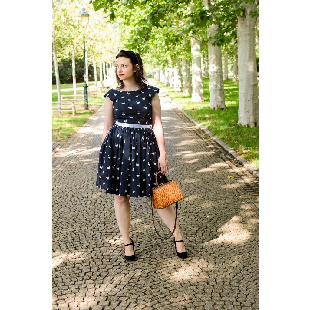Šaty Audrey - Černá labutí