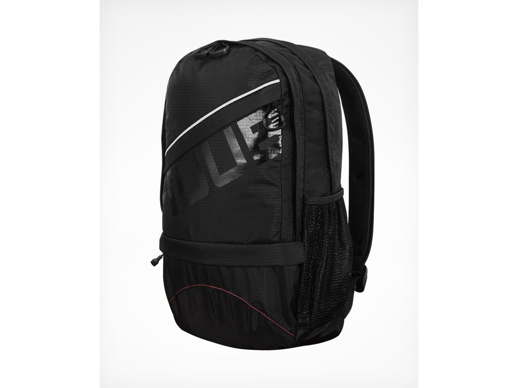 Running Bag Front 45 1500x