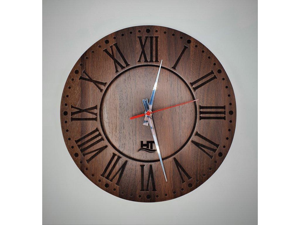 Nástěnné hodiny masiv ořech