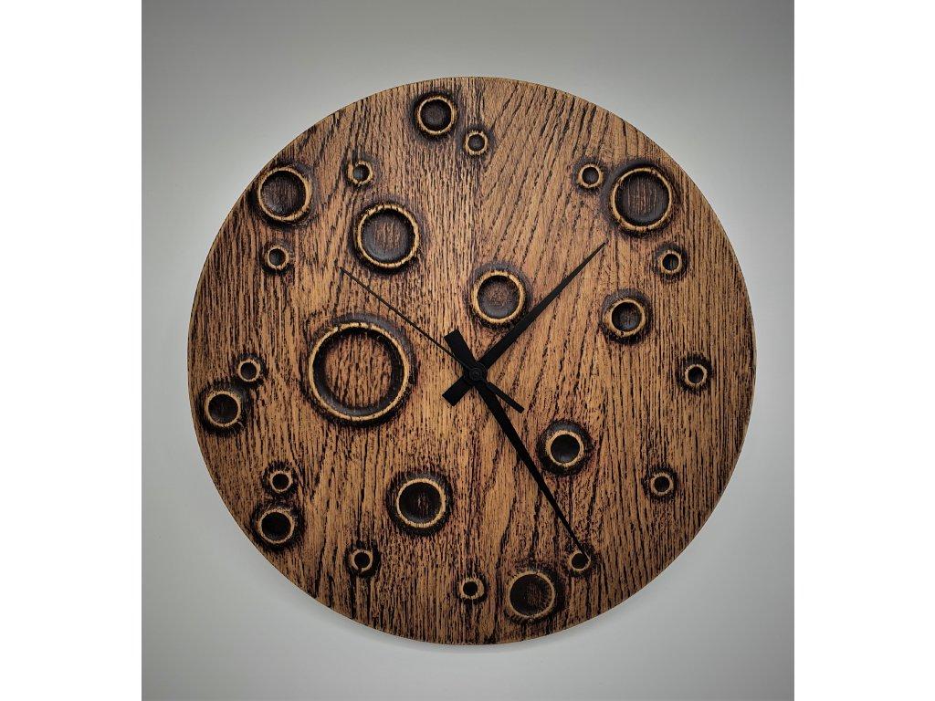 Nástěnné hodiny dřevěné měsíční styl