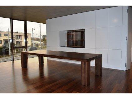 Velký jídelní stůl ořechový 100x200