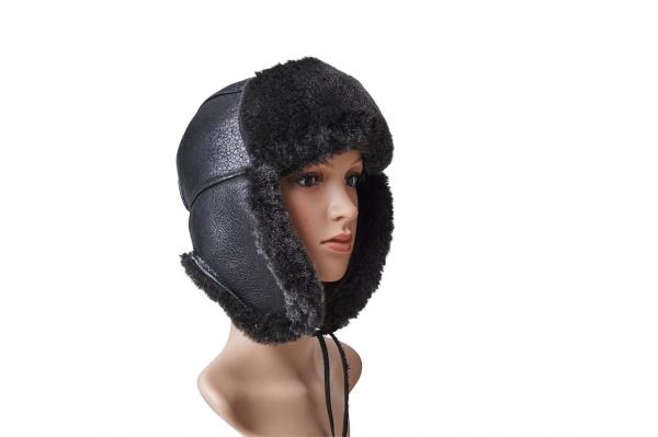 Oblečení a čepice pro muže