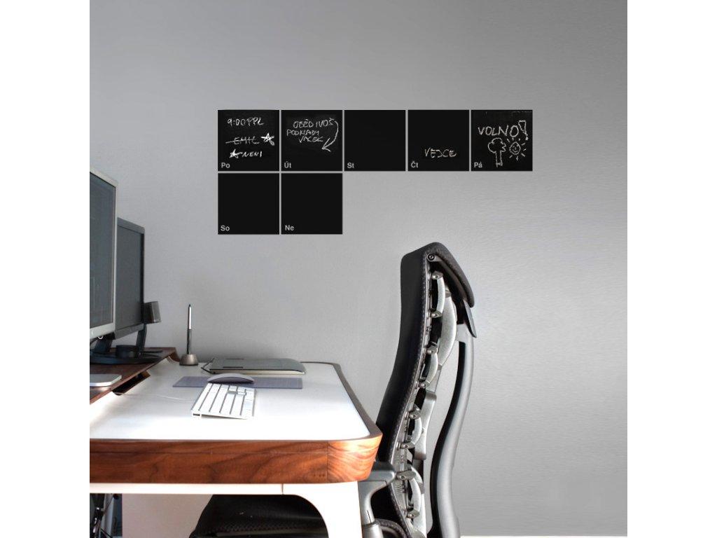 samolepici kalendar na zed pro psani kridou