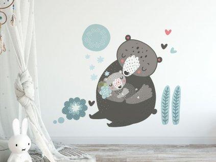 ekologicka samolepka na zed medvedice s mladetem v detskem pokoji