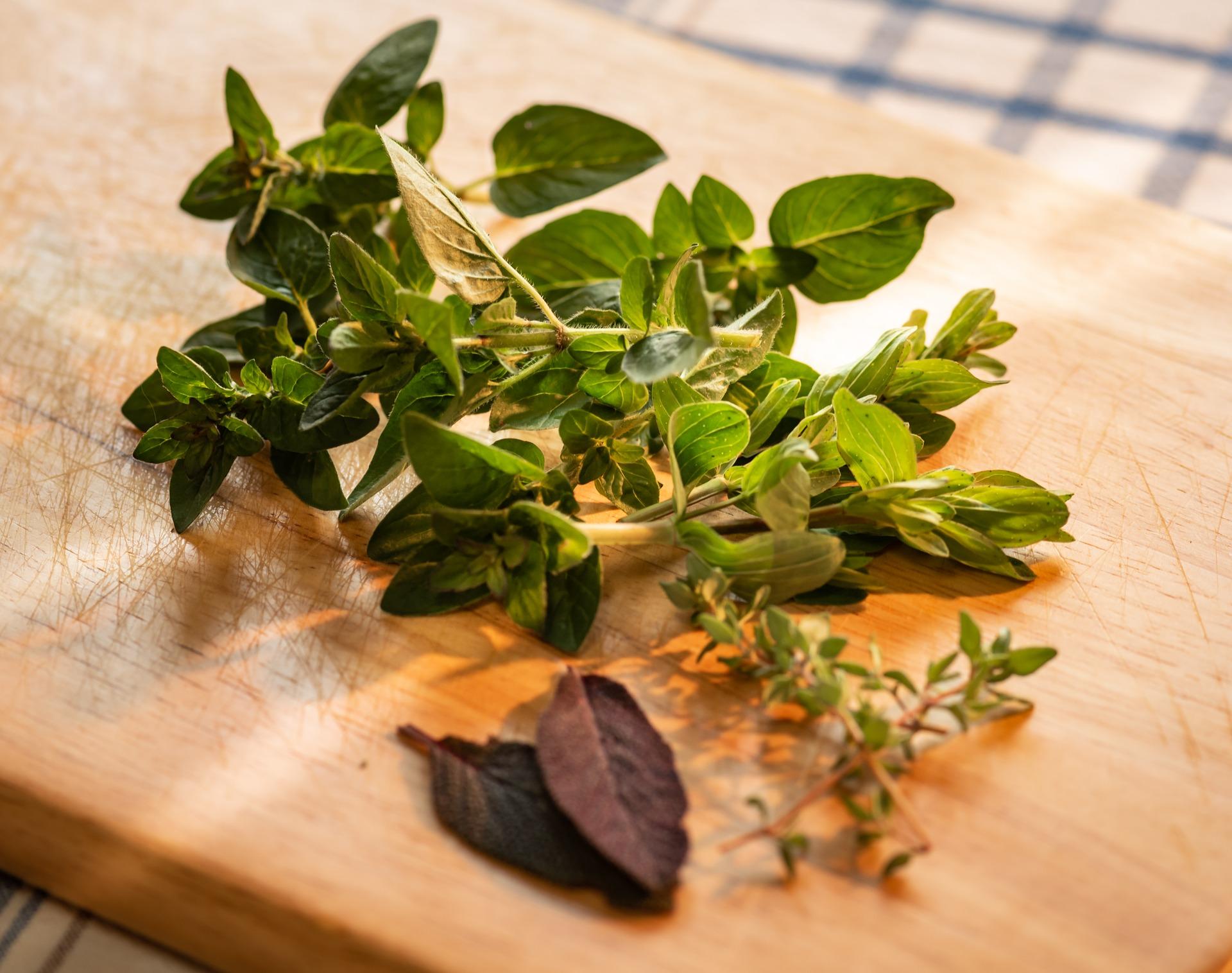 culinary-herbs-4198241_1920