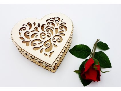 Dřevěná krabička-srdce