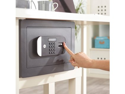 Yale Maximum Security Fingerprint Safe Home