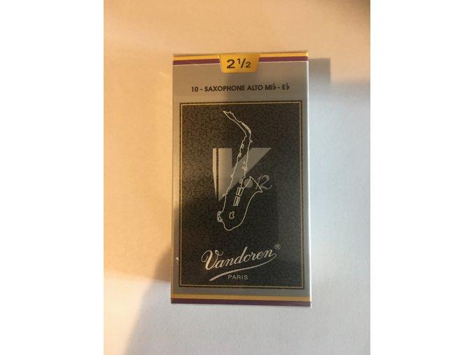 Vandoren V12 plátky pro Alt saxosofon 2,5