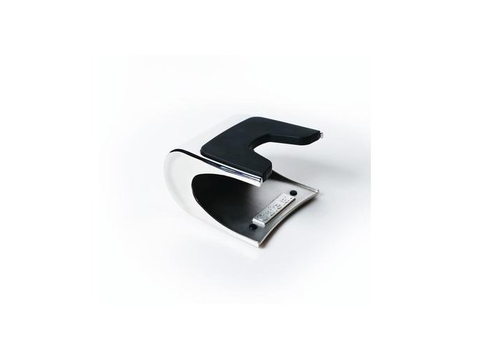 CL MTAMPSTAND 2 400x