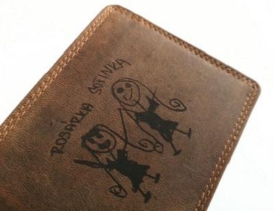 dětská kresba na peněžence