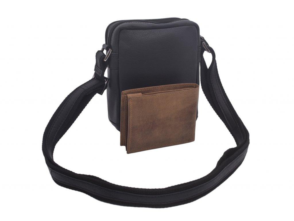 Kožená pánská crossbody taška přes rameno.