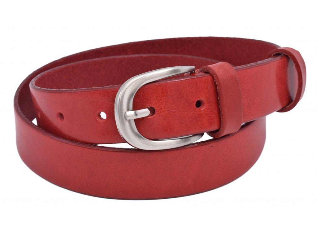 Moderní dámský opasek s stříbrnou sponou v červené barvě.