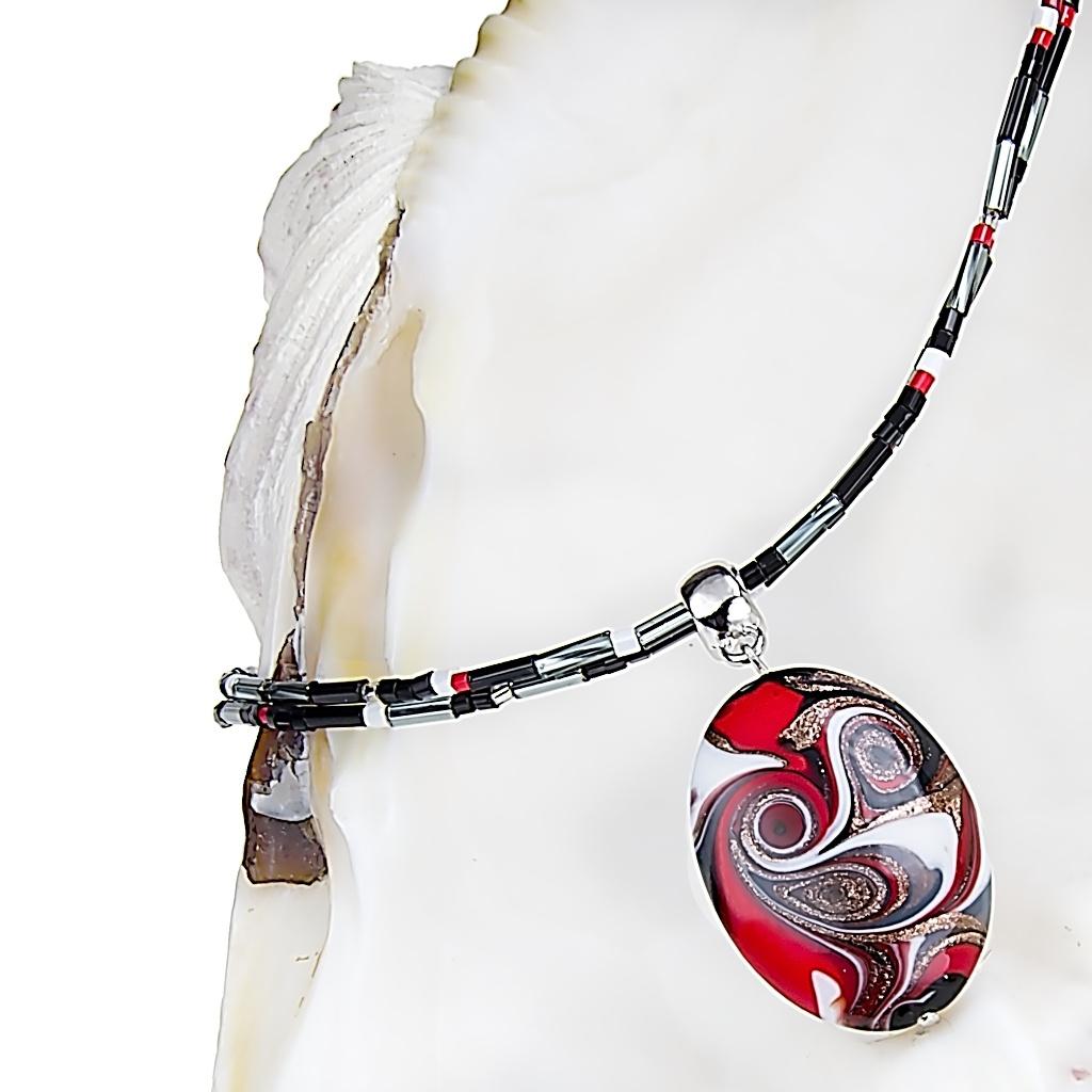 Náhrdelník Mayan Love s perlou Lampglas