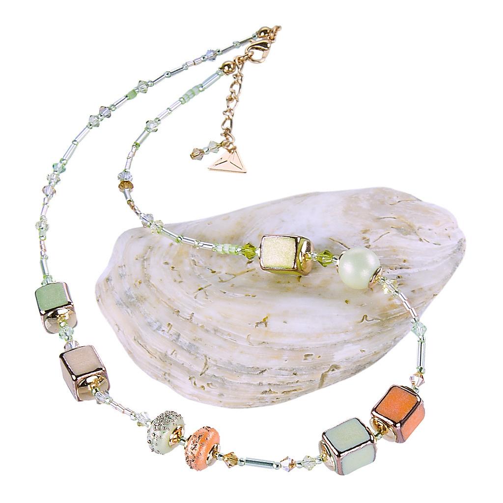 Náhrdelník Soft Cube z perel Lampglas
