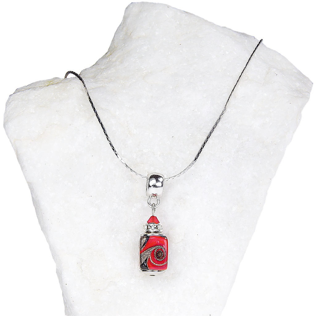 Dámský náhrdelník Scarlet Passion z lampových perel Lampglas