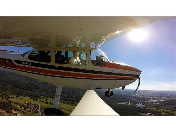 Let Cessnou - 1 minuta letu