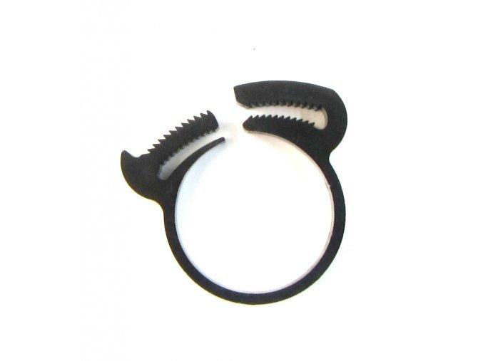 plastova sverna objimka na hadici 3 4 24 5 28 4mm