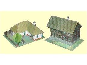 roubené stavení z Kokořínska + hliněný dům z jihovýchodní Moravy