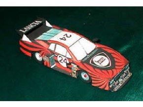 Lancia Beta Monte Carlo Turbo + 2 benzinové stojany