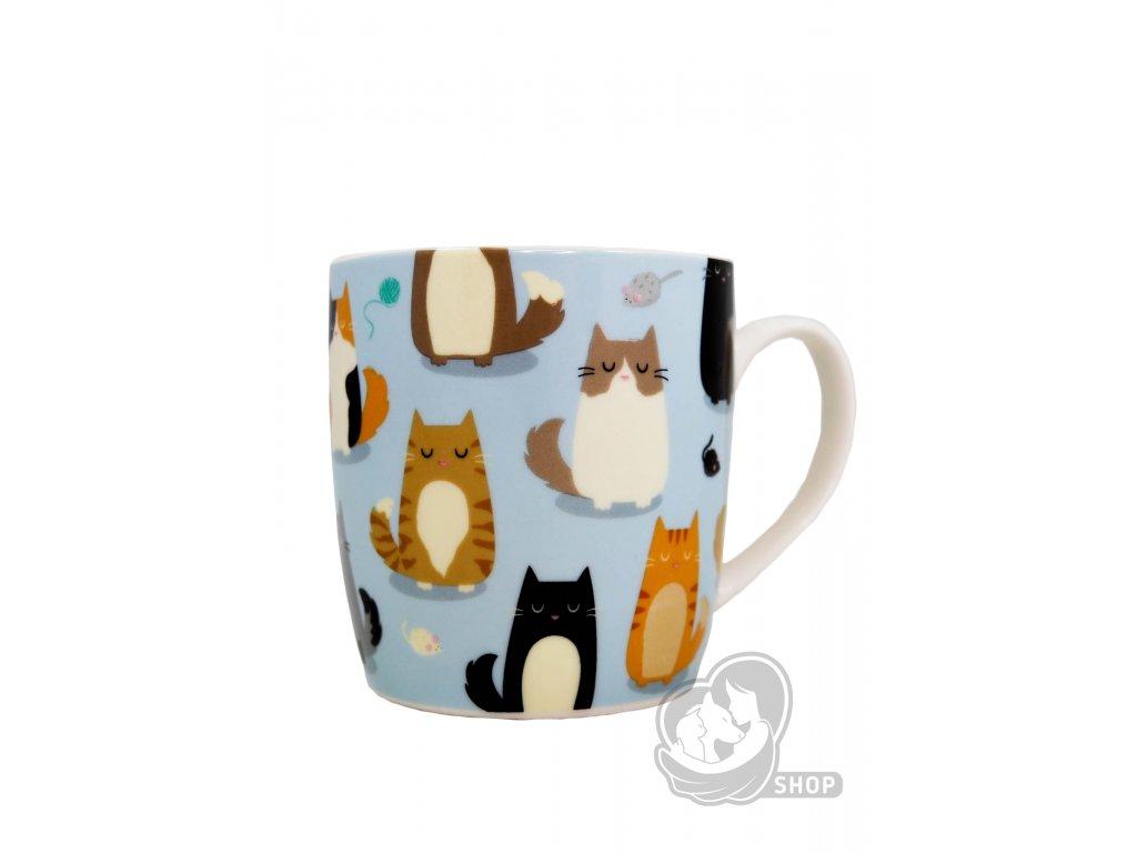 Modrý hrnek s kočkami