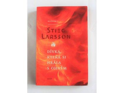 Kniha Dívka, která si hrála s ohněm - Bazar