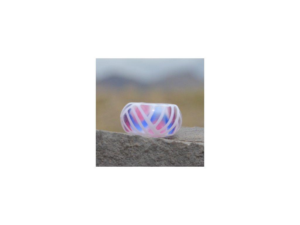 Skleněná perla v liniích Růžová