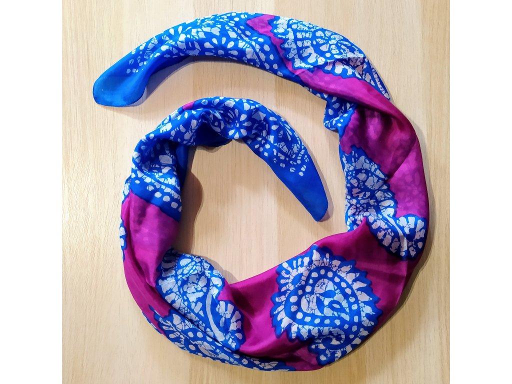 Hedvábný šátek fialový