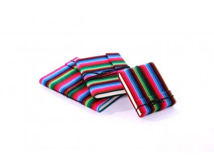 Deník z ručního papíru s barevnými proužky nabízíme ve třech velikostech