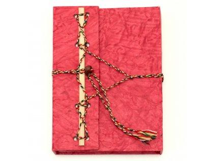 Deník z ručního papíru červený