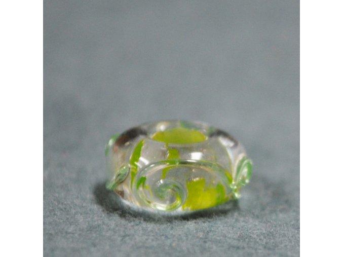 Skleněná perla stříbrný nádech Zelená