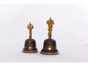 Tibetský rituální zvonek Dilbu a dorje ve zlaté