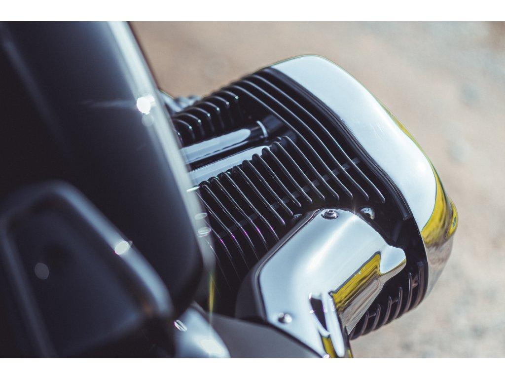 FOTOOBRAZ - BMW R18 - Žebrování