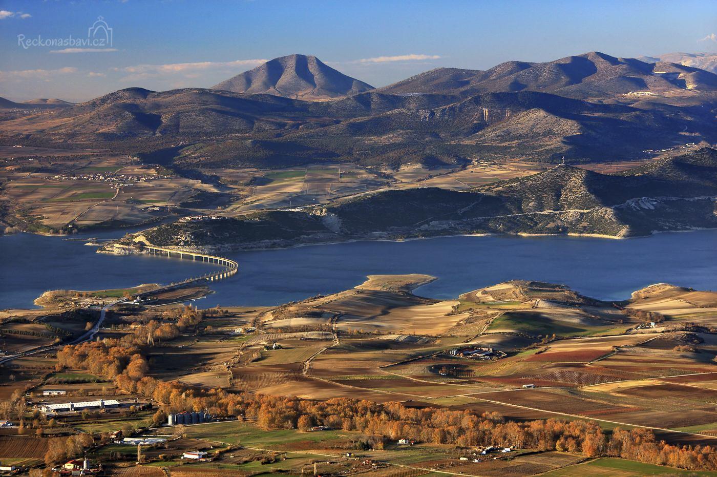 Polyfytos-lake-Kozani-Macedonia