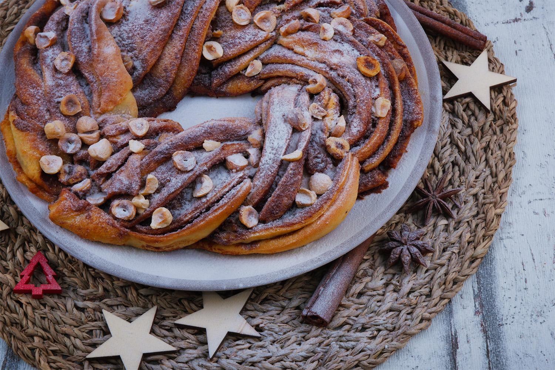 Kringel s lískovými ořechy