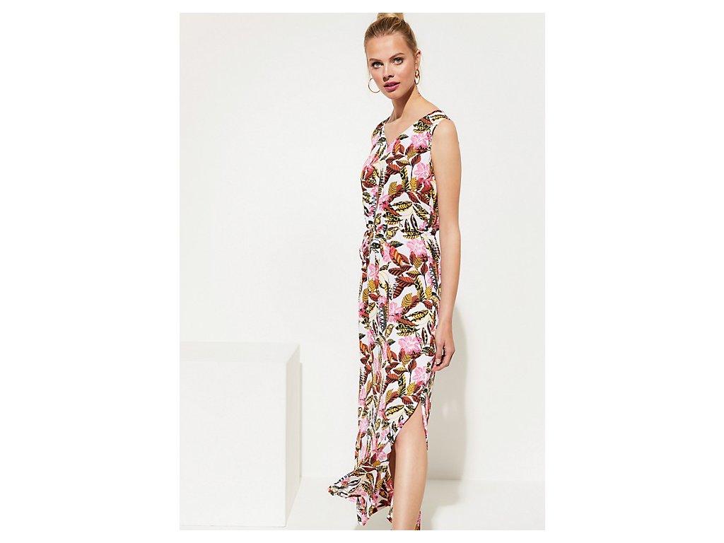 Dlouhé šaty s květinovým vzorem