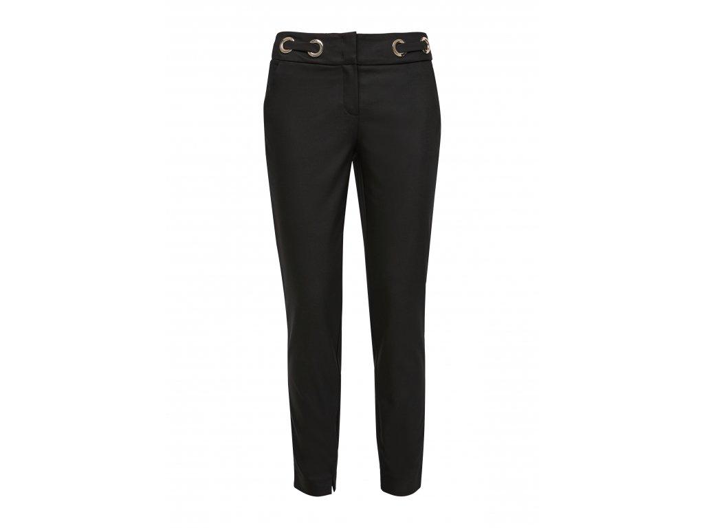 Černé kalhoty se cvočky